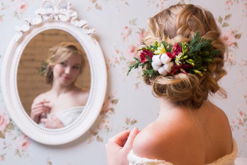 Заколка для зимней невесты
